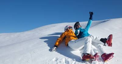 Jeździ na nartach & Relaksuj